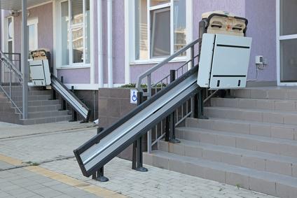 Monte-escaliers pour handicapés