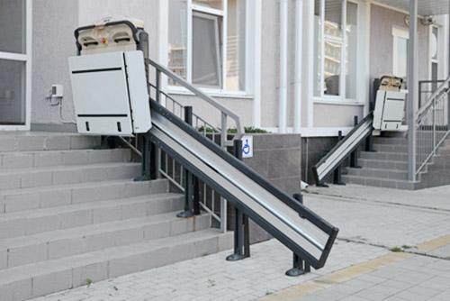 Plataformas salvaescaleras precios y presupuestos for Silla sube escaleras precio