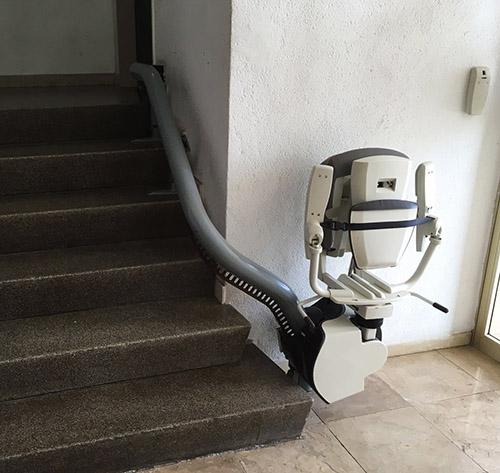 Chaise Escalier pour communauté de voisins