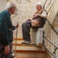 Ventajas de las sillas salvaescaleras para las personas mayores