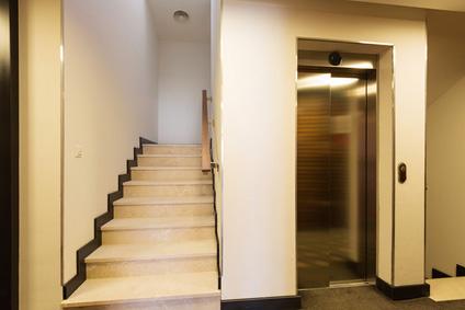 , Obligation de mettre Ascenseur | Ascenseursdiable monte escalier