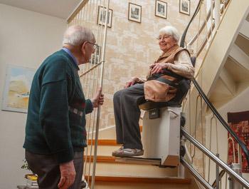 Ventajas que posee una silla salvaescaleras