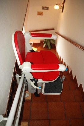 elección de la empresa instaladora de tu silla salvaescaleras