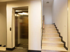 Poner ascensor en edificio antiguo