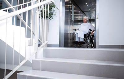 , Ascenseurs accessibles: tout ce que vous devez savoirmonte escalier tournant